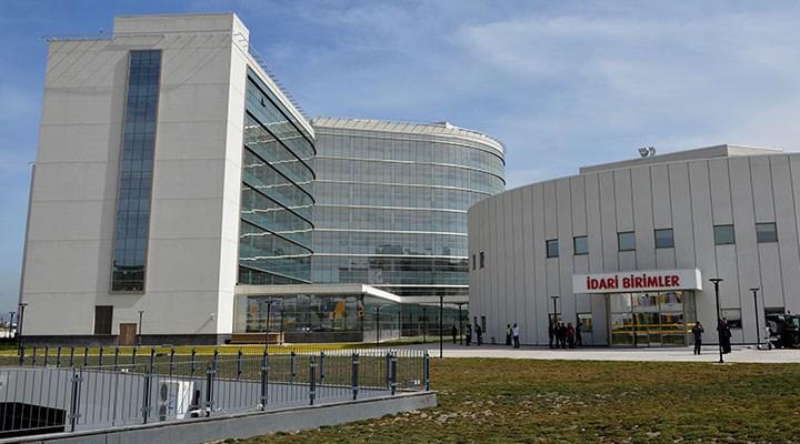 Şehir hastanelerinde vurgun bitmiyor: Şirket, cihazları da devlete aldırmaya çalışmış