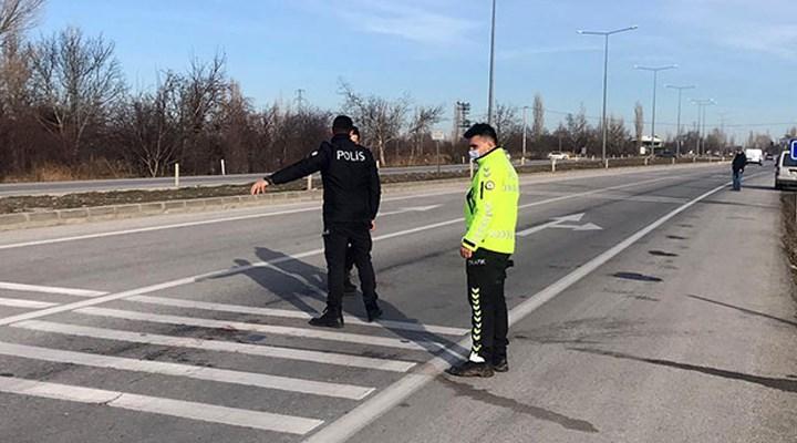 14 yaşındaki çocuk, babasıyla tartışan TIR şoförlerine ateş açtı