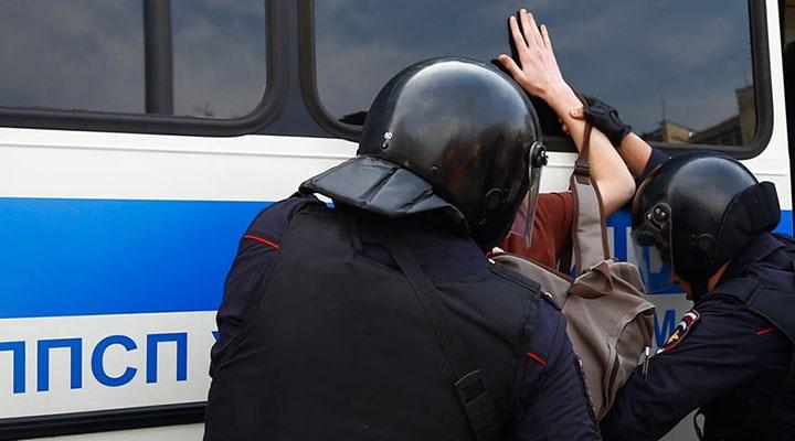 Rusya'da muhalifler gözaltında: Yaptırımlar gündemde