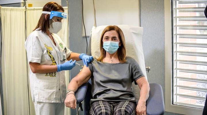AB'den, aşı üreten firmalara gecikme tepkisi: Yasal yollara başvuru hazırlığı yapılıyor