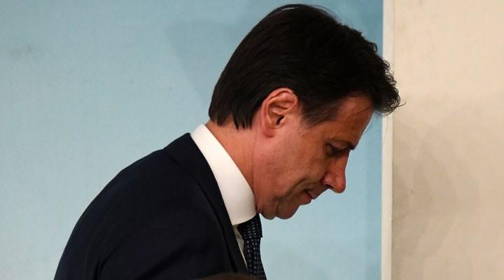 İtalya Başbakanı Conte ve hükümeti istifa etti