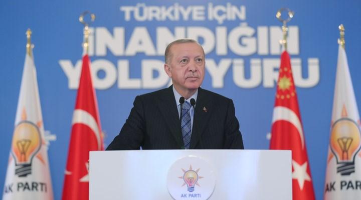 Erdoğan: CHP siyasi parti kimliğini giderek kaybetmektedir