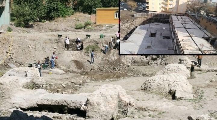 Silvan'da tarihi kalıntıların üzerine bina inşa edildi