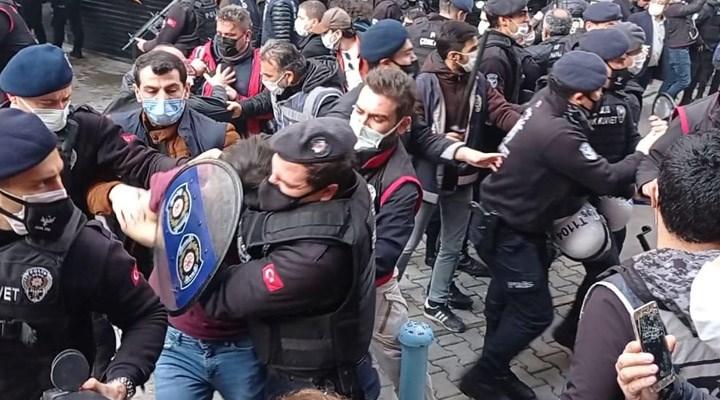 İzmir'de Boğaziçi direnişine destek eyleminde gözaltına alınan yurttaşlar serbest bırakıldı