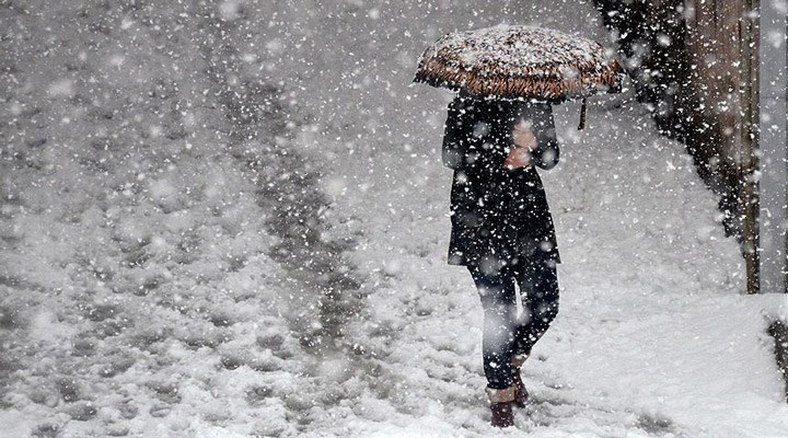 """İstanbul için kar yağışı uyarısı: """"Asıl kış şimdi başlıyor"""""""