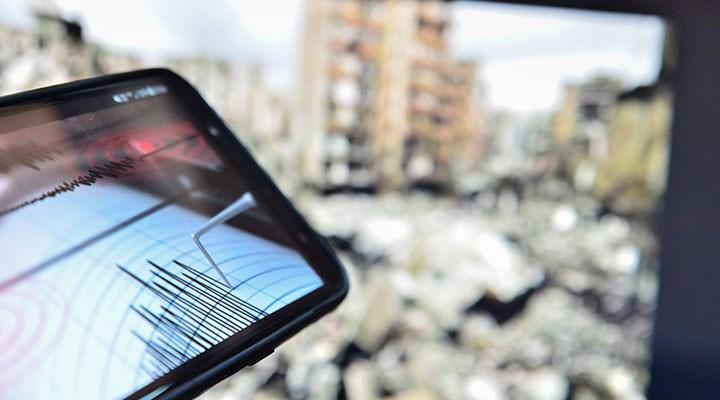 İzmir Urla açıklarında 4.4 büyüklüğünde deprem