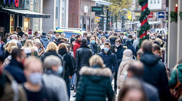 Almanya'da koronavirüs tedbirleri uzatıldı