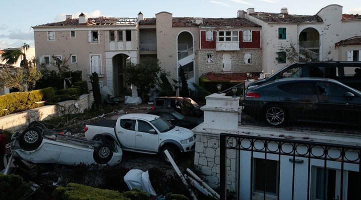 Araçlar onlarca metre savruldu: İzmir'de hortumun yarattığı hasar, gün aydınlanınca ortaya çıktı