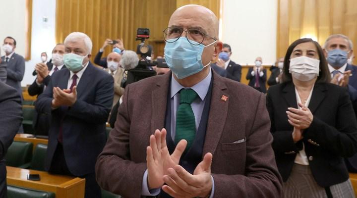 CHP'li Berberoğlu: Ne yapacaklar, şu Meclis'in önüne sehpa kurup asacaklar mı beni?