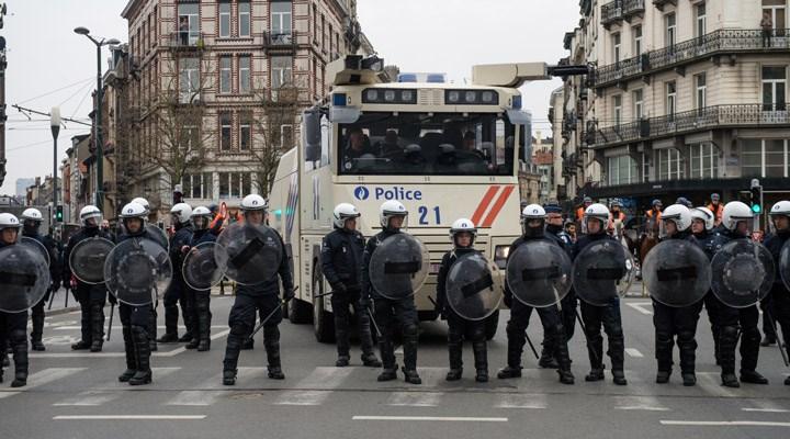 Belçika'da bir grup polis, meslektaşları hakkında suç duyurusunda bulundu