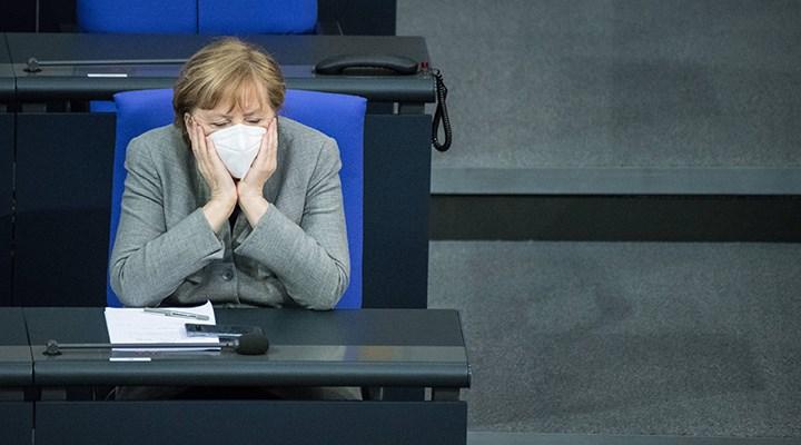 Merkel'den mutasyon ve üçüncü dalga uyarısı