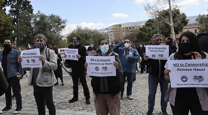 Katalan Rapçi Pablo Hasel'in serbest bırakılması için Atina'da eylem düzenlendi