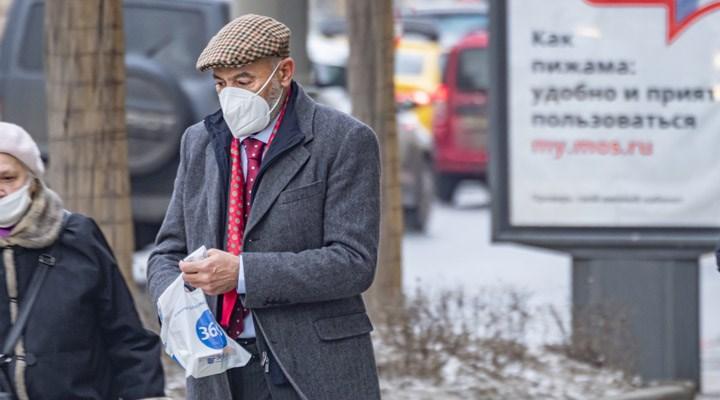 Rusya'da 2021'in en düşük Covid-19 kaynaklı günlük ölüm sayısı kaydedildi