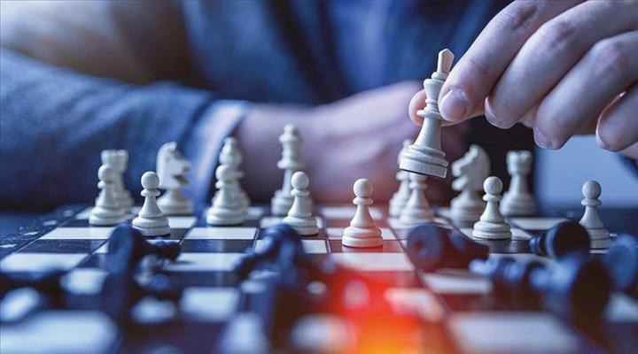 Satranç turnuvasına 321 bin TL