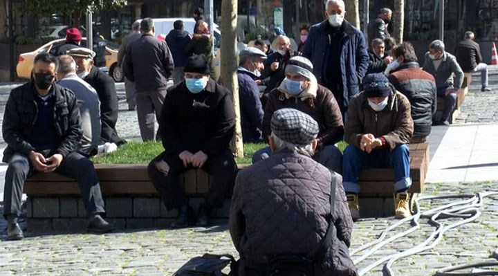 Trabzon'da cenazeye katılan 40 kişi koronavirüse yakalandı