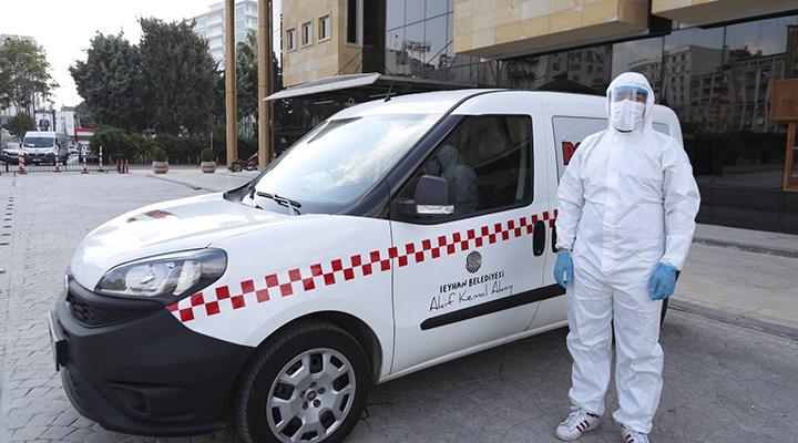 Seyhan Belediyesi'nden 'aşı taksi' uygulaması