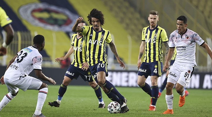 Fenerbahçe evinde yenilgi rekoru kırdı