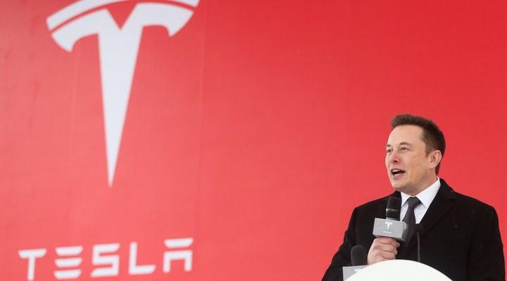 Tesla fabrikasında en az 450 işçi Covid-19'a yakalandı