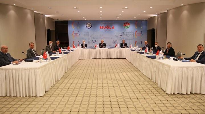 CHP'li Büyükşehir Belediye Başkanları 'Pandemi, Turizm, Deprem' gündemleriyle toplandı
