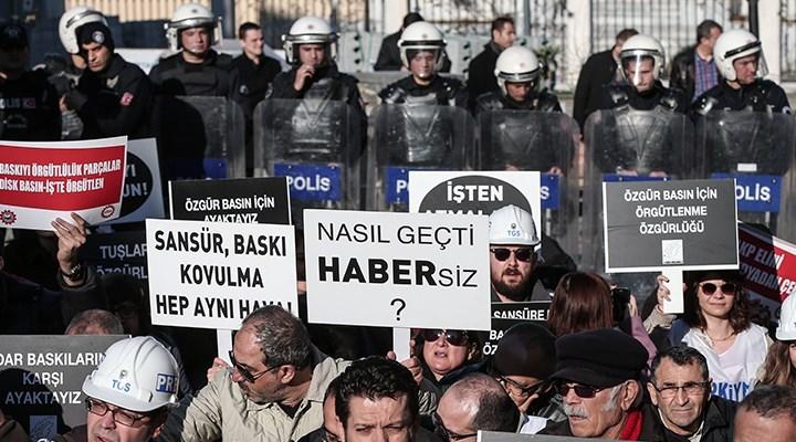 Mart ayında 95 gazeteci hakim karşısına çıktı, 2 gazeteci saldırıya uğradı