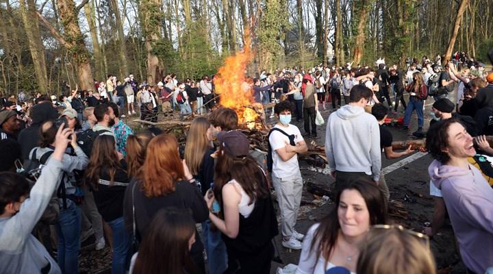 Belçika'da '1 Nisan şakası' olarak duyurulan festival gerçeğe dönüştü, polis müdahale etti