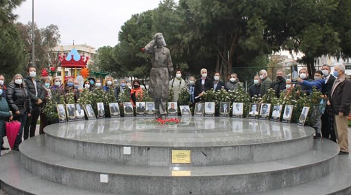 Pandemide hayatını kaybeden sağlık çalışanları İzmir'de anıldı