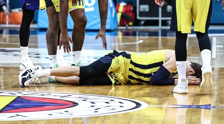 Fenerbahçe'den Jan Vesely ve Nando De Colo'nun sakatlığı hakkında açıklama