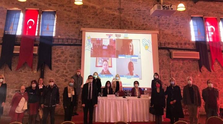 İzmir'de engelli bireylerin sorunları için çalıştay düzenlendi