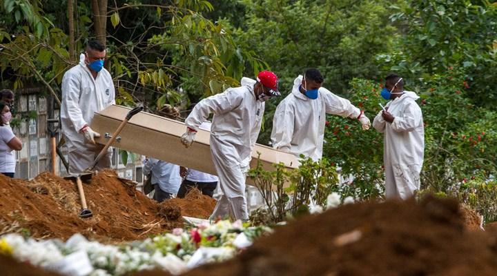 Brezilya'da günlük Covid-19 ölümlerinde rekor: Bir günde 4 binden fazla kişi öldü