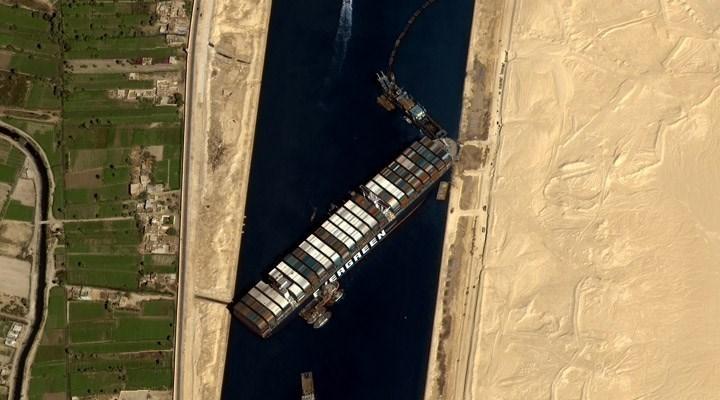 Mısır, Süveyş Kanalı'nın kapatan gemiyi tazminat alana kadar alıkoyacak