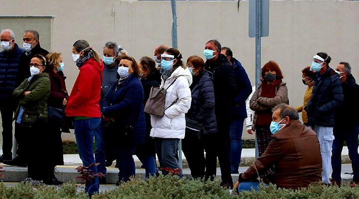 Antalya İl Sağlık Müdüründen ilk doz aşı sonrası koronavirüse yakalananlar için uyarı