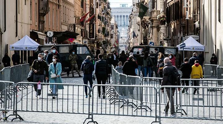 İtalya'da son 24 saatte koronavirüsten ölenlerin sayısı 251