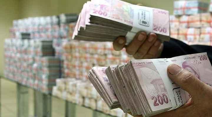 Hazine iki ihalede 5,1 milyar lira borçlandı