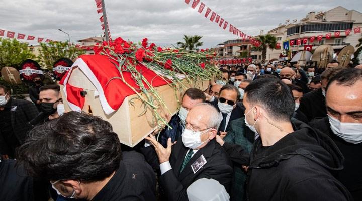 Torbalı Belediye Başkanı İsmail Uygur karanfillerle uğurlandı