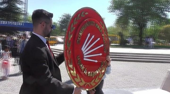 CHP'nin 23 Nisan'da çelenk koyma başvurularına valiliklerden yasaklama