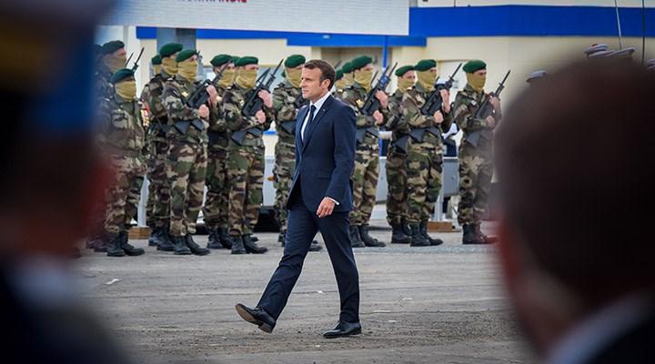 Fransa'da 20'si general 1000'den fazla askerden Macron'a mektup