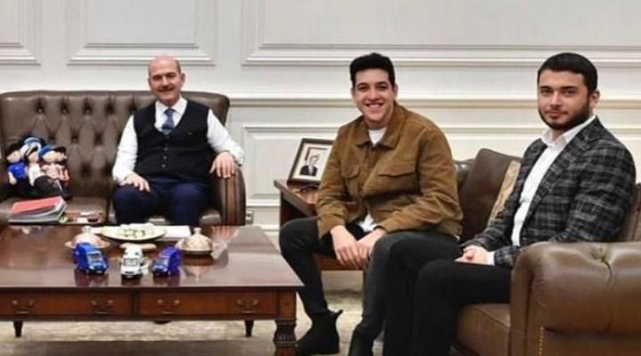 Fatih Faruk Özer ile fotoğraftaki üçüncü kişi Soylu'nun yeğeni çıktı