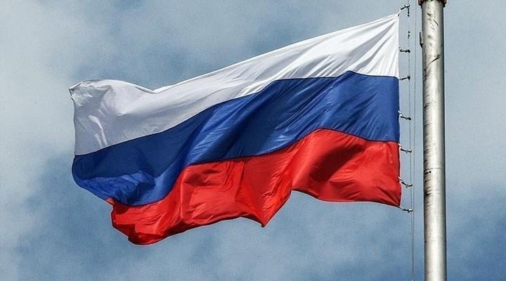 Rusya, Karadeniz'in üç bölgesini 'ticari olmayan tüm gemilere' kapattı
