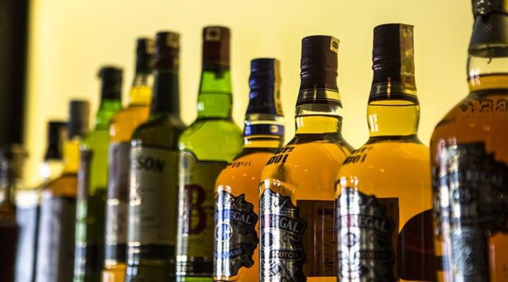 Tam kapanmada alkol satışına yasak: Sosyal medya #alkolümedokunma diyerek tepki gösterdi