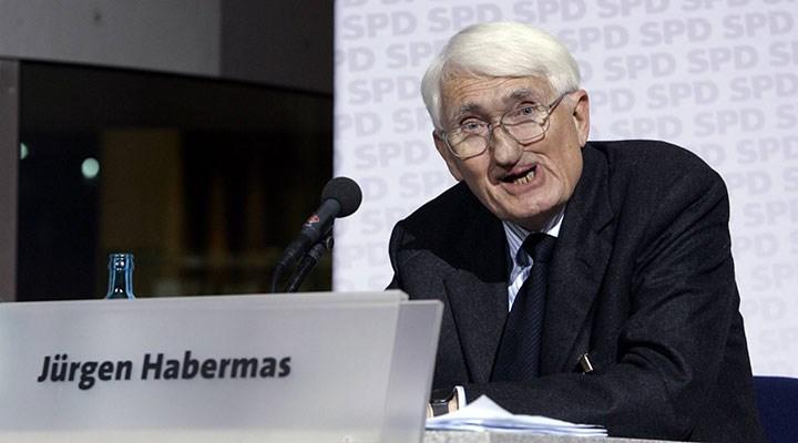 Habermas, BAE'nin ödülünü reddetti