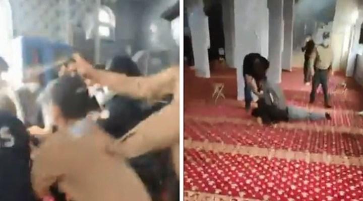 Camide itikaf yapmak isteyen gerici Furkan Vakfı üyelerine polisten biber gazlı müdahale