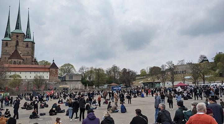 Erfurt'ta neonaziler protesto edildi