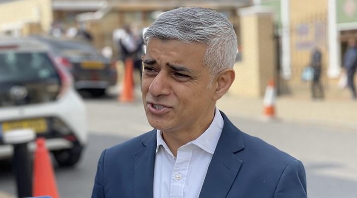 Londra Belediye Başkanı: Covid-19 salgınında 300 bin kişi işsiz kaldı