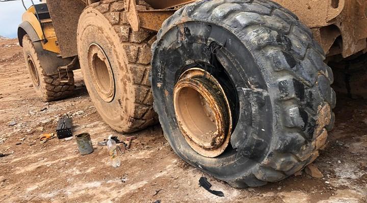 Karabük'te mermer ocağında kamyon lastiği patladı: 2 işçi yaralı