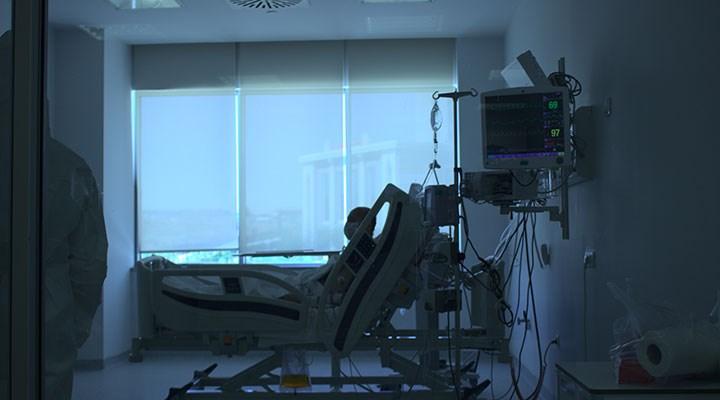 Trabzon İl Sağlık Müdürü: 35-60 yaş arası hastaneye başvuran Covid-19 hastası oranı artıyor