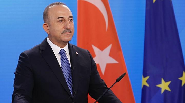 'Turistin görebileceği herkes aşılanacak' sözleri tepki çeken Çavuşoğlu'ndan açıklama