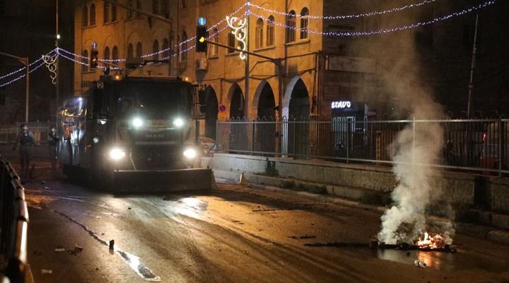 İsrail polisi Doğu Kudüs'ün Şam Kapısı'nda Filistinlilere saldırdı