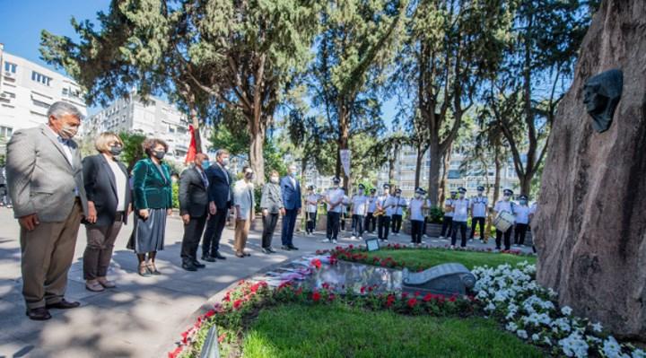 İzmir: Anneler Günü'nde Zübeyde Hanım da unutulmadı