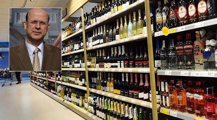 Anayasa Profesörü Kemal Gözler: İçki satışı yasağı ve polisin görüntüsünün engellenmesi Anayasa'ya aykırıdır