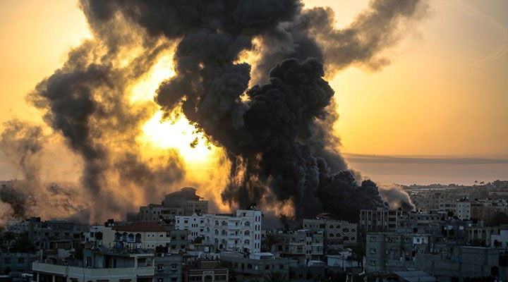 Gazze'ye saldırı sağcılara yaradı